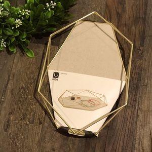 UMBRA geometric jewelry tray